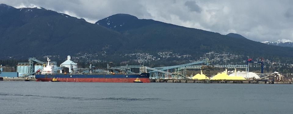 Terminal_de_carga_a_granel_Vancouver